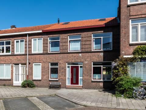 Hooftstraat 125